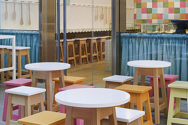 Joy Cupcakes // Mim Design | Afflante.