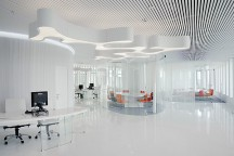 Office_Interior_in_Business_Complex_White_Square_Mossine_Partners_afflante_com_0