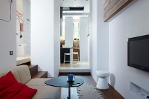 Small_Apartment_in_Kiev_Olga_Akulova_Design_afflante_com_00