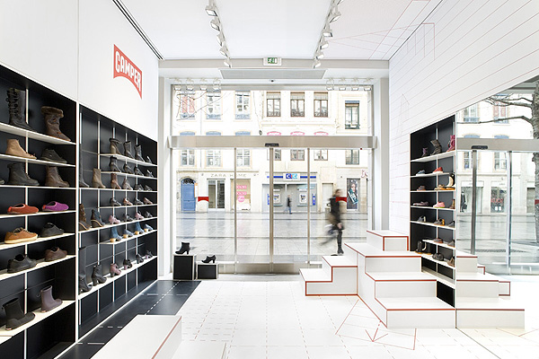 Camper_Shoe_Shop_in_Lyon_Studio_Makkink_and_Bey_afflante_com_0