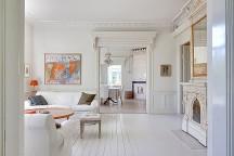 Elegant_Villa_Viktorshill_in_Scandinavian_Style_afflante_com_0
