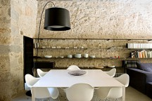 Amazing_Stone_House_In_Catalonia_afflante_com_0