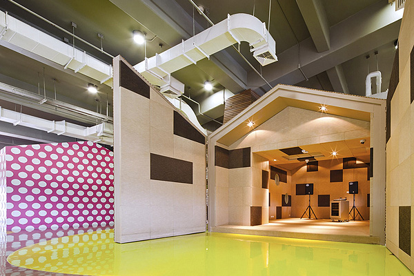 Amazingly_Creative_Interior_of_Bangkok_University_Supermachine_Studio_afflante_com_0