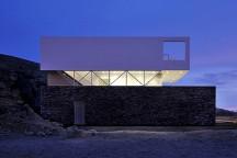 Coastal_House_in_Las_Palmeras_Javier_Artadi_afflante_com_0