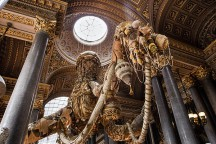 Joana_Vasconcelos_Exhibition_at_Versailles_afflante_com_0