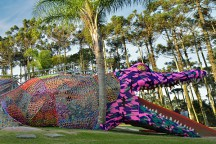 Crocheted_Jacare_Alligator_Playground_in_Sao_Paulo_OLEK_afflante_com_0