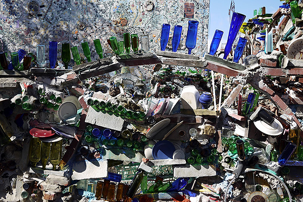 Philadelphia_Magic_Gardens_Isaiah_Zagar_afflante_com_0