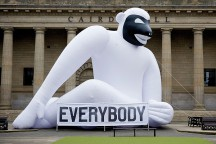 Everybody_always_thinks_they_are_right_Installation_Sagmeister_and_Walsh_afflante_com_0