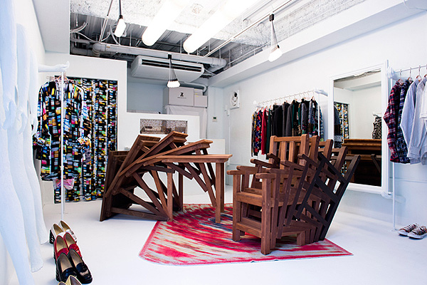 The_Interior_Renewal_Of_Anrealage_Store_in _Harajuku_afflante_com_0