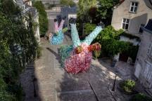 40000_Plastic_Bags_Giant_Slugs_Installation_Florentijn_Hofman_afflante_com_0