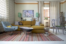 Cozy_Apartment_in_Moscow_With_Retro_Ambience_Nadezhda_Georgy_Ananiev_afflante_com_0