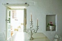 Summer_Residence_in_Patmos_Melodi_Horne_afflante_com_0