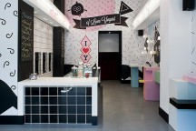 I_Love_Yogurt_Store_in_Athens_Stage_Design_Office_afflante_com_0