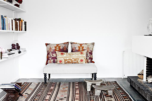 Danish_House_with_Ethnic_Motifs_afflante_com_0