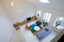 Simple_Loft_in_Vilnius_Lithuania_INBLUM_afflante_com_0