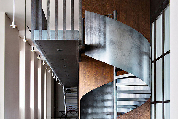 Moscow_Penthouse_Tsimailo_Lyashenko_and_Partners_Architectural_Bureau_afflante_com_0