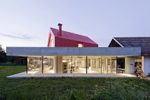 Forum_Limbach_House_on_the_House_Looping_Architecture_afflante_com_0