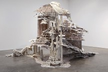 Sculptures_with_Ephemeral_Materiality_Diana_Al-Hadid_afflante_com_0